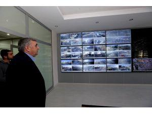 Başkan Toçoğlu Trafik Kontrol Merkezini İnceledi