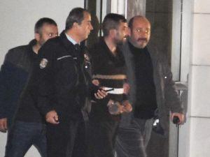 Akhisar'da Cinayetin Zanlısı Yakalandı