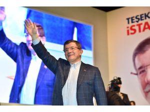Başbakan Davutoğlu AK Parti İstanbul İl Danışma Meclisi'ne Katıldı