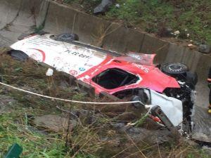 Başakşehir'de Minibüs Dereye Uçtu: 2 Ölü, 2 Yaralı