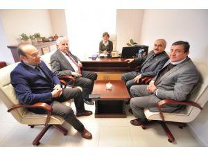 Belediye Başkanı Huzurevini Ziyaret Etti