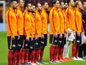 Galatasaray'da 4 İsme Son Şans