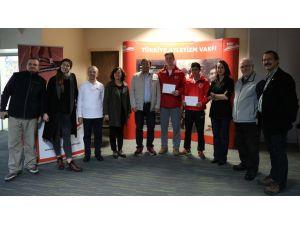 Türkiye Atletizm Vakfı'ndan genç atletlere beslenme desteği