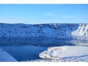 Nemrut Ve Van Gölü'nün Güzellikleri Fotoğraflandı