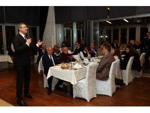 Başkan Yaşar, Hukukçularla Yemekte Buluştu