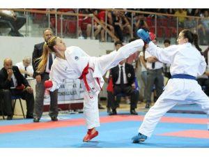 Kağıtsporlu Karatecilerin Hedefi Paris'ten Madalya İle Dönmek