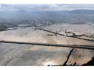 Muğla'da sağanak günlük hayatı olumsuz etkiledi
