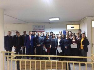Salihli'de Proje Yazma Eğitiminde 24 Kişi Sertifika Aldı