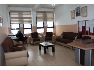 Horasan Belediyesinden Okullara Destek