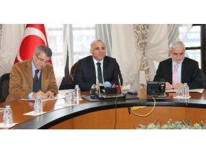 Elazığ'da Yatırım İzleme Ve Koordinasyon Merkezi Kuruldu