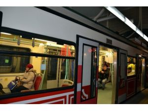 Dünyanın İlk Yeraltı Metrosu Tünel 141 Yaşında