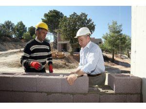 'Çimento zammıyla kentsel dönüşümün geleceği boğazlanıyor'