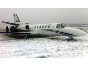 Adnan Polat'ın içinde bulunduğu uçak pistten çıktı