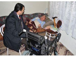 Osmangazi Belediye Başkanı Mustafa Dündar Hasta Vatandaşın Yüzünü Güldürdü