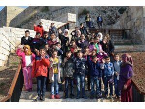 Yetim Çocuklara Kültür Gezisi