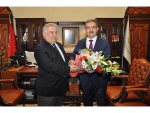 NEÜ Rektörü Şeker'den SÜ Rektörü Şahin'e Ziyaret