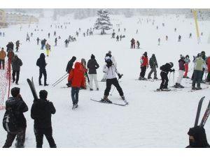 Uludağ'da Kar Yağdı, Pistler Doldu Taştı