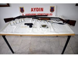 Söke'de Uyuşturucu Madde Ve Ruhsatsız Silah Yakalandı