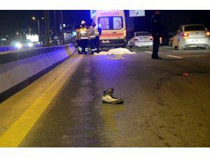 Otomobilin Çarptığı Suriyeli Hayatını Kaybetti