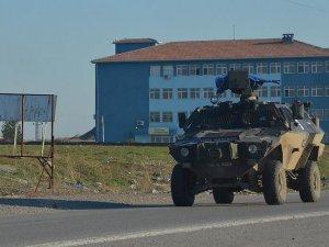 Şırnak ve Sur'da terör saldırıları: 3 şehit, 10 polis yaralı