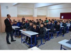 Yüreğir Gençlik Merkezi Tarafından Kur'an-ı Kerim Ve Meali Semineri