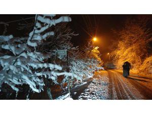 Köylerde ulaşıma kar engeli