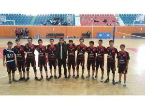 Voleybol turnuvasında Erzin Bahri Çelen Anadolu Lisesi Hatay şampiyonu oldu