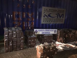 Batman'da 21 bin adet kaçak puro ele geçirildi