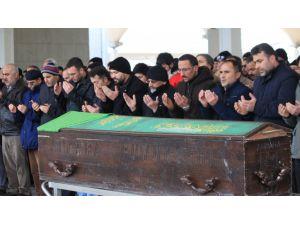 Domuz gribinden ölen 11 yaşındaki Nisa gözyaşlarıyla uğurlandı