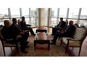 Başkan Yalçın'dan Rektör Taş'a Ziyaret