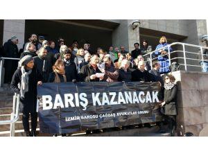 Akademisyenlere destek için adliye önünde açıklama yaptılar