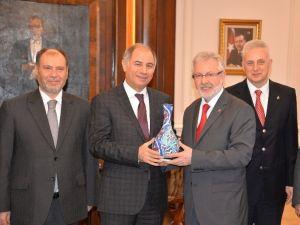 Bakanlardan Uludağ Üniversitesi'ne Destek