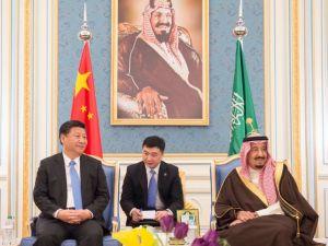Çin Cumhurbaşkanı Xi Jinping, Suudi Arabistan'da