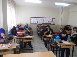 'Cumhuriyet Okuyor' Projesi Kapsamında Kitap Okuma Yarışması Yapıldı