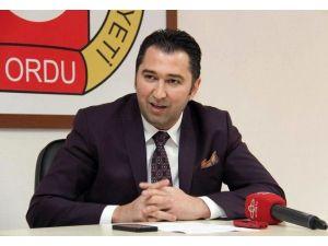 HDP'li Vekillere Bal Götüren Başkana Tepki