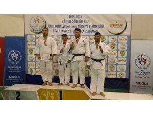 Kağıtsporlu Aydın, Türkiye Şampiyonu Oldu