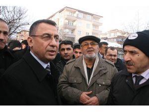 AFAD Başkanı Oktay Yerköy'de Çöken Binanın Enkazını İnceledi