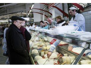 İran, Rusya'ya süt ürünleri ihracatını bugünden itibaren başlıyor