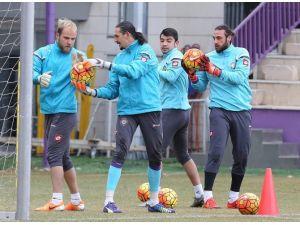Osmanlıspor, Galatasaray'a Bileniyor
