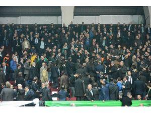 Bursaspor Kongresinde Kavga