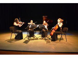 Nemeth Quartet Sanatseverleri Müziğe Doyurdu