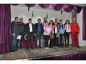 'Kanserde Erken Tanının Önemi' Yenipazar'da Sahnelendi