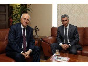 Sandıklı Kaymakamından Başkan Yaşar'a Ziyaret