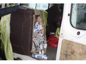 Düzce'de Kaçak Sigara Tacirlerine Darbe