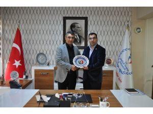 Azerbaycanlılar Derneğinden, İl Müdürü Aksoy'a Ziyaret