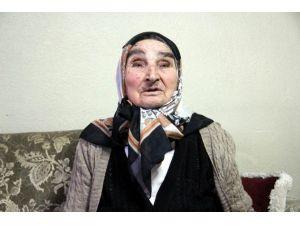 Komşularının Sahip Çıktığı, Yalnız Yaşayan 82 Yaşındaki Latife Yaprak: