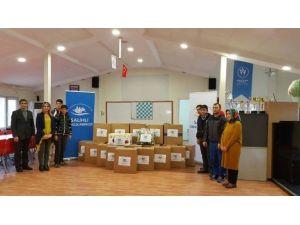 Salihli Gençlik Merkezi'nden Bayırbucak Türkmenlerine Yardım