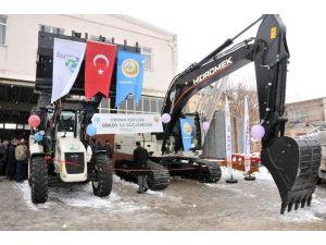 Karaman'da Tarımsal Kalkınma Kooperatifine İş Makinesi
