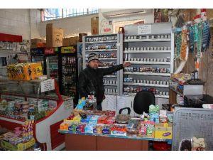 Markete Giren Hırsız Sigara Çaldı