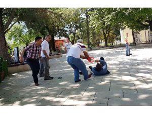 Bursa'da İş Yerine Silahlı Saldırı